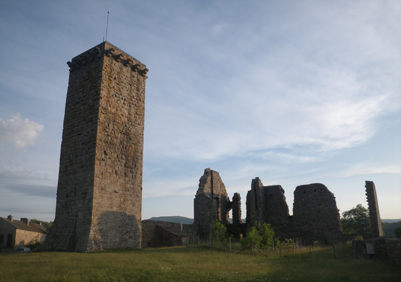Village médiéval de la Garde-Guérin